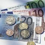 Trichet sagt kein Wort zur Zinserhöhung - Euro schwach